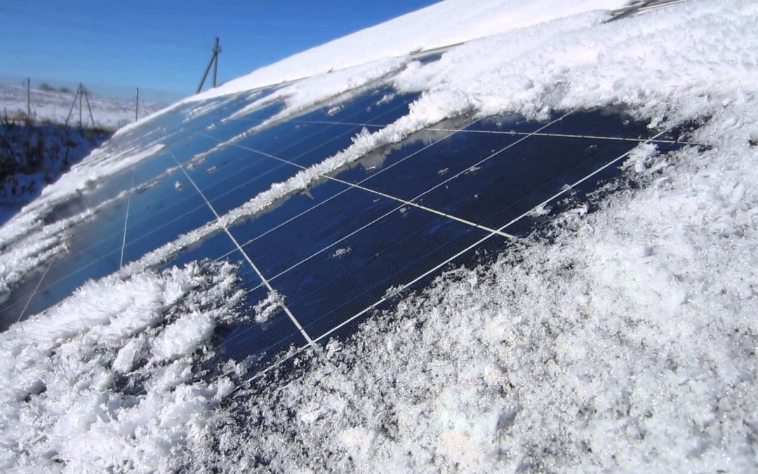 Cum functioneaza sistemele fotovoltaice on grid pe timpul iernii?